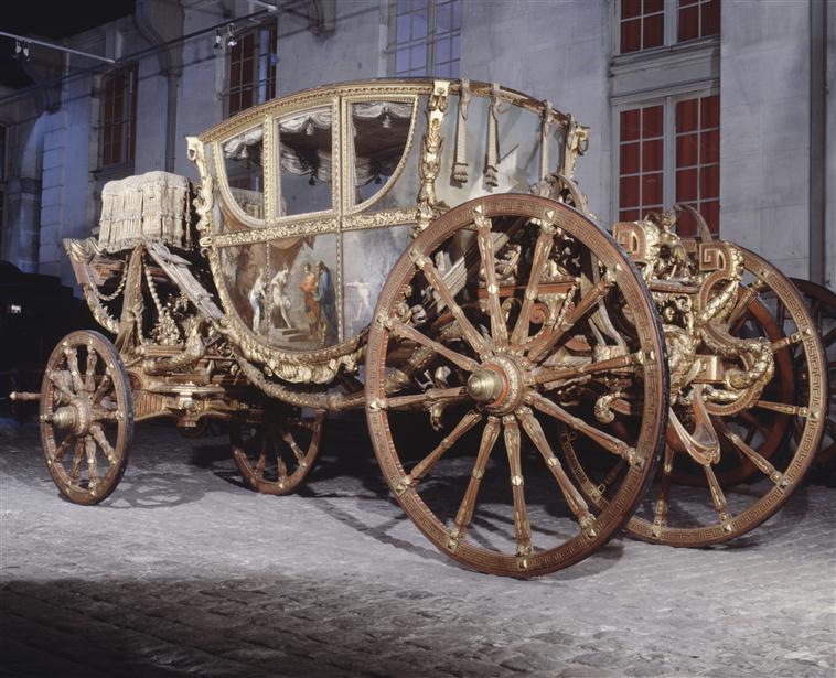 Exposition Roulez carrosses à Arras - Page 2 90-005314-02