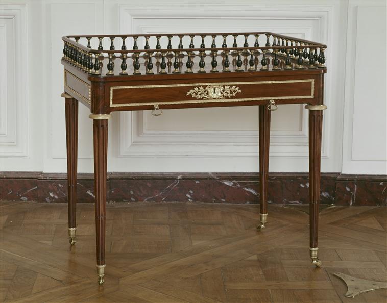 table cabaret :  Gérard, Louis XVIII aux Tuileries 75-000882