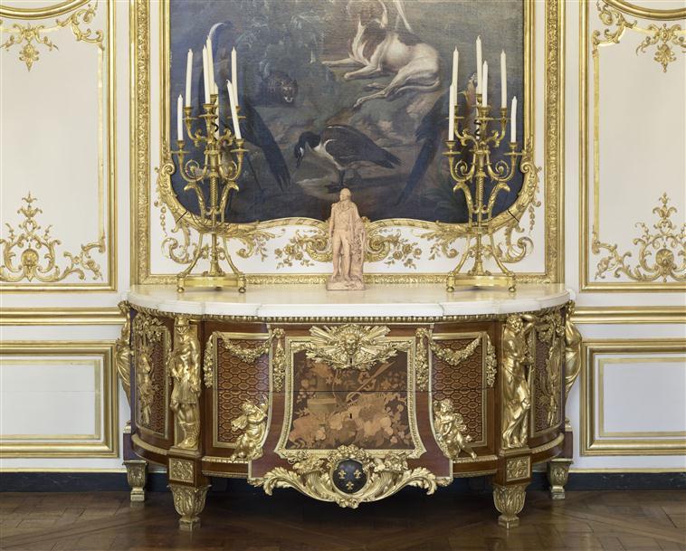 Déconfinement: au château de Versailles - Page 2 19-524397