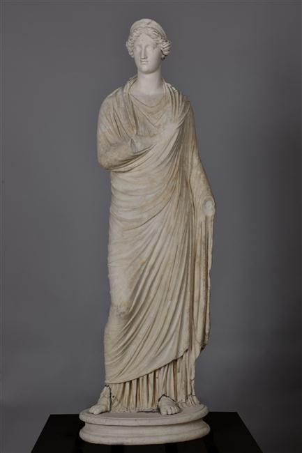 Exposition Versailles et l'Antique (2012)  - Page 2 12-560550