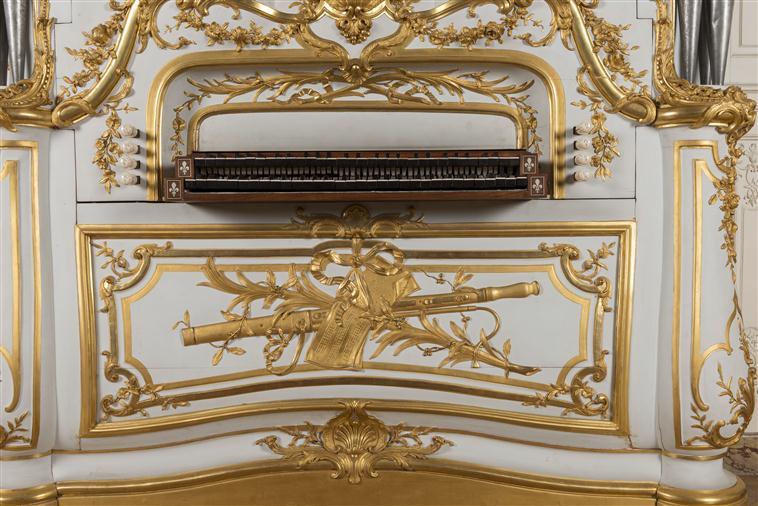 Orgue du grand cabinet Adélaïde - instrument de musique - Page 2 14-522876