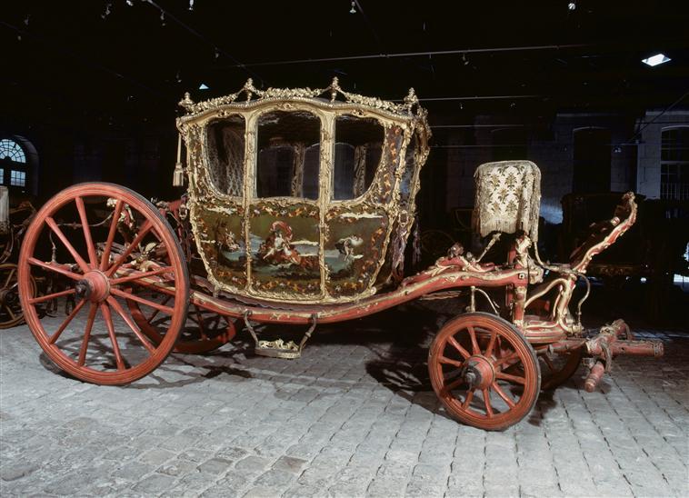 Exposition Roulez carrosses à Arras - Page 2 90-005310