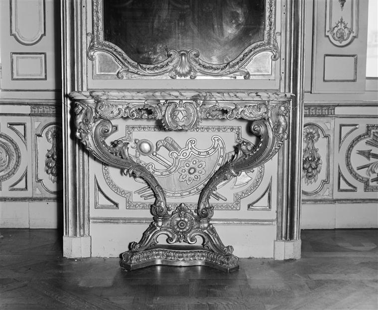 Acquisition de la Commode de Joubert par Fontainebleau  - Page 2 13-568998