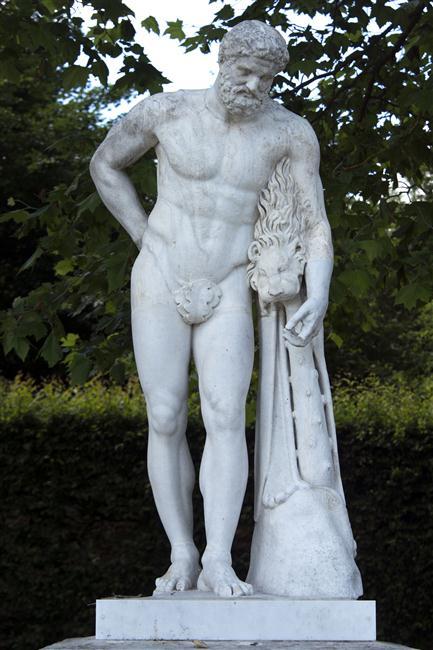 Hercule, héros antique et allégorie royale 17-615272
