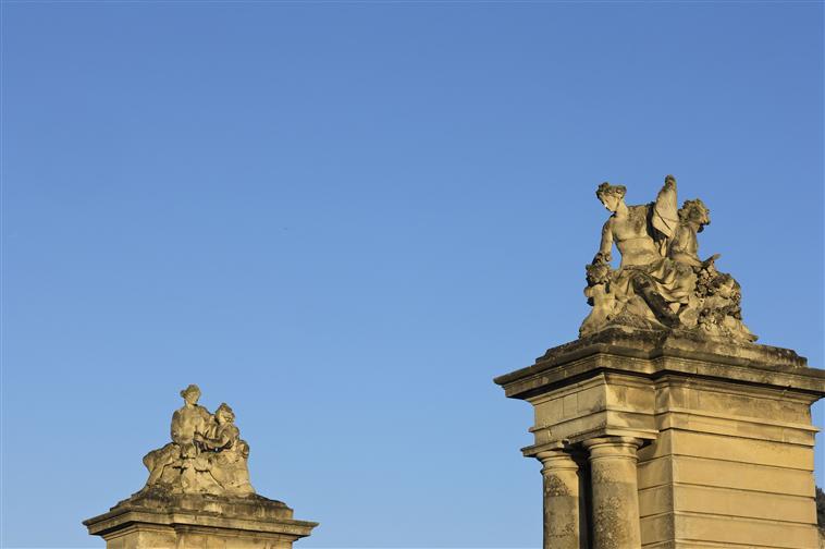 Adonis, heros antique à Versailles 10-515485
