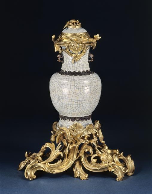 La Chine à Versailles, art & diplomatie au XVIIIe siècle 85-002077