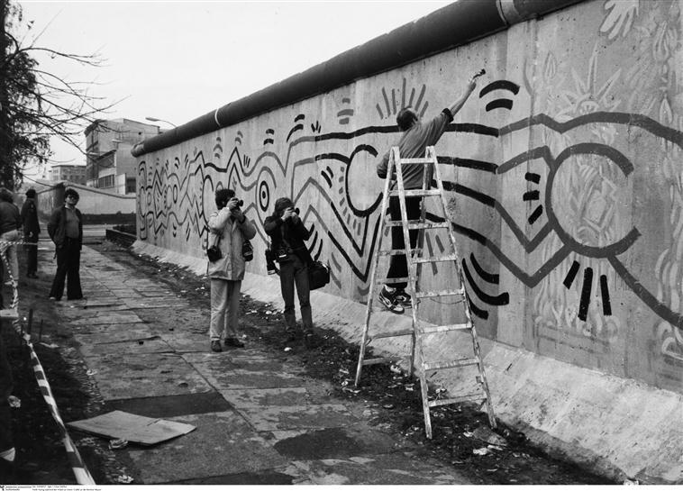 Bien-aimé Keith Haring Mur De Berlin ZL28 | Jornalagora EM22