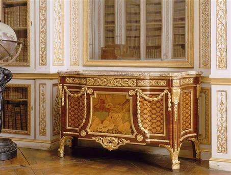 Déconfinement: au château de Versailles - Page 2 01-002407