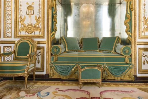 This is Versailles: The Golden Cabinet